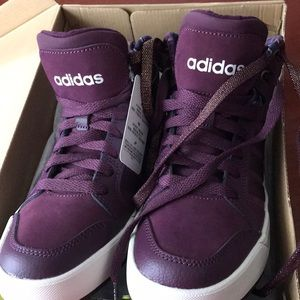 Shoes - Adidas neo  NWT sz6 purple color $ 45